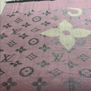 Louis Vuitton scarf large cashmere and silk